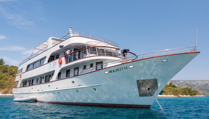 Premium Superior kruzer MV Majestic