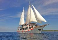 Premium kruzer MV Antonela