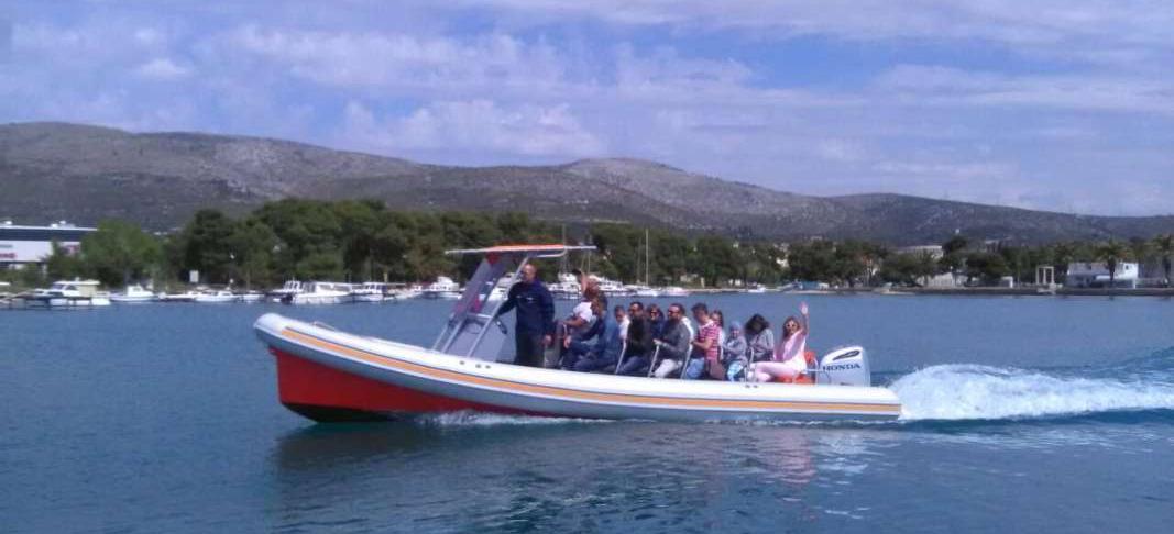 motorni brod Colnago 27