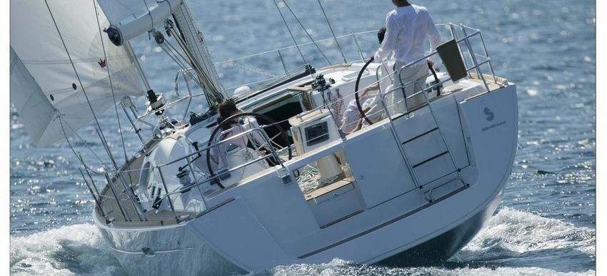 2010. Oceanis 46