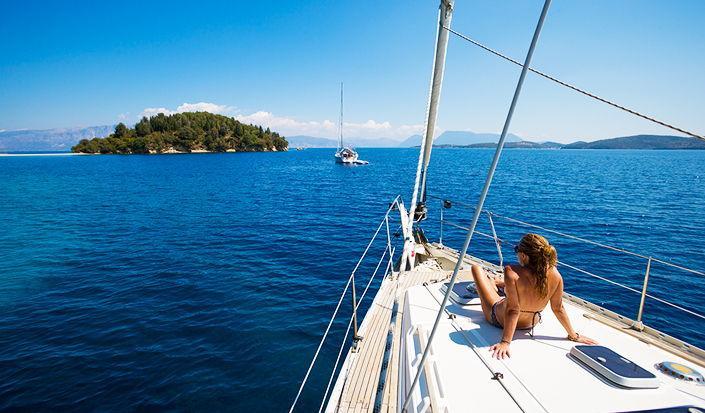 Potraga za nečim stvarnim - Agia Kiriaki, pogled na Grčku s jedrilice...