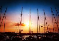 Jedrenje u zalazak sunca - Savjeti za noćno jedrenje