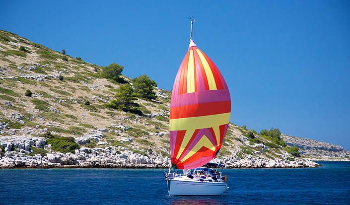 Zašto biste ovo ljeto trebali iznajmiti jedrilicu i rezervirati odmor u Hrvatskoj