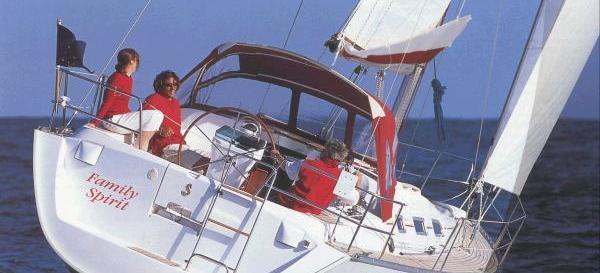 jedrilica Oceanis 393