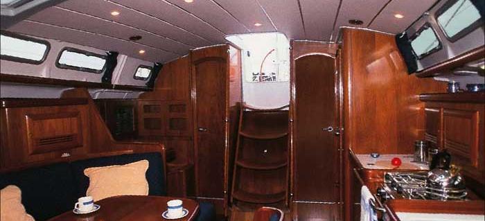 2005. Oceanis 423