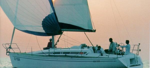 2002. Elan 333
