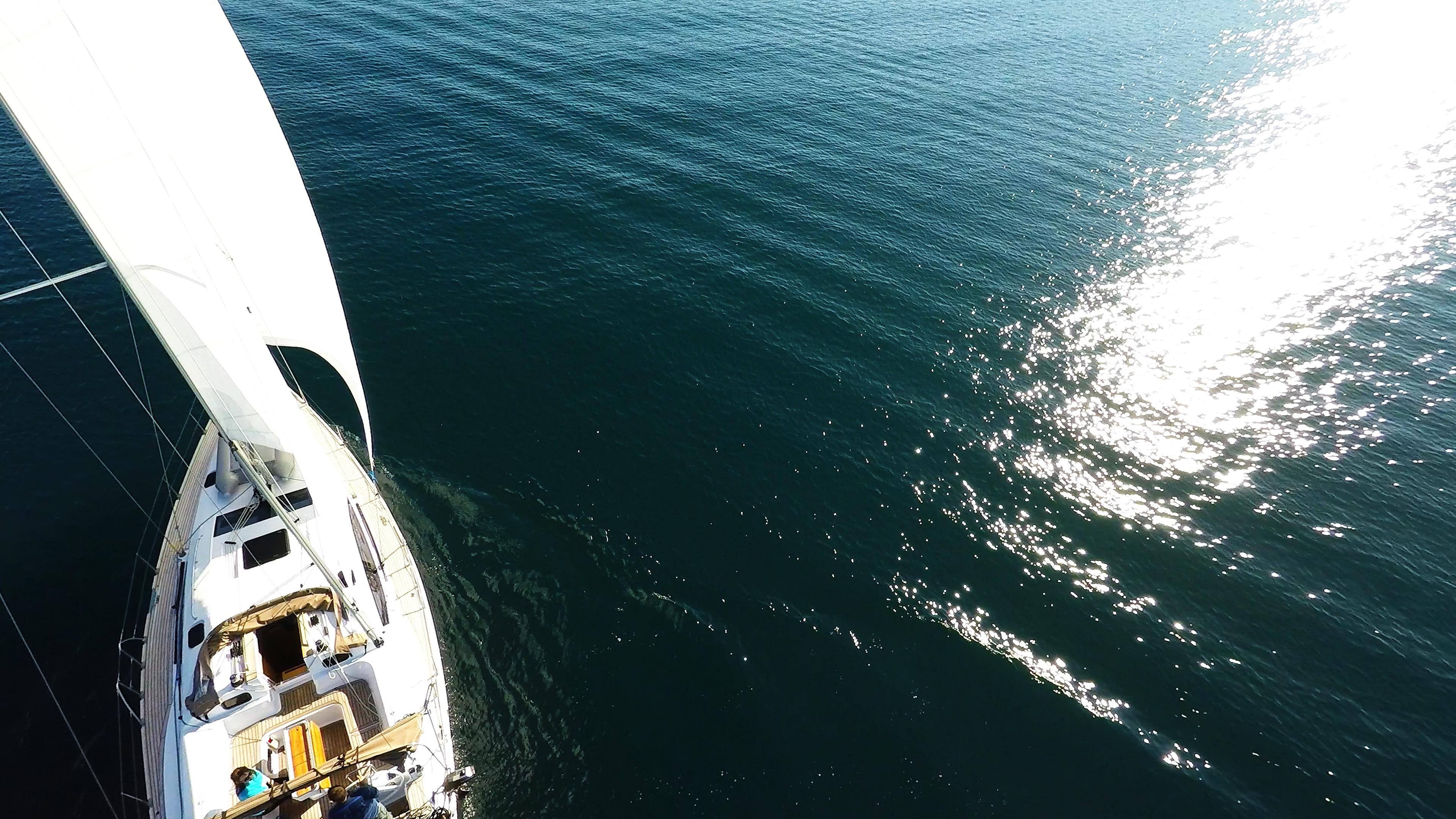 more valovi sunčev odsjaj jedrilica elan 45 impression jedrilica jedri
