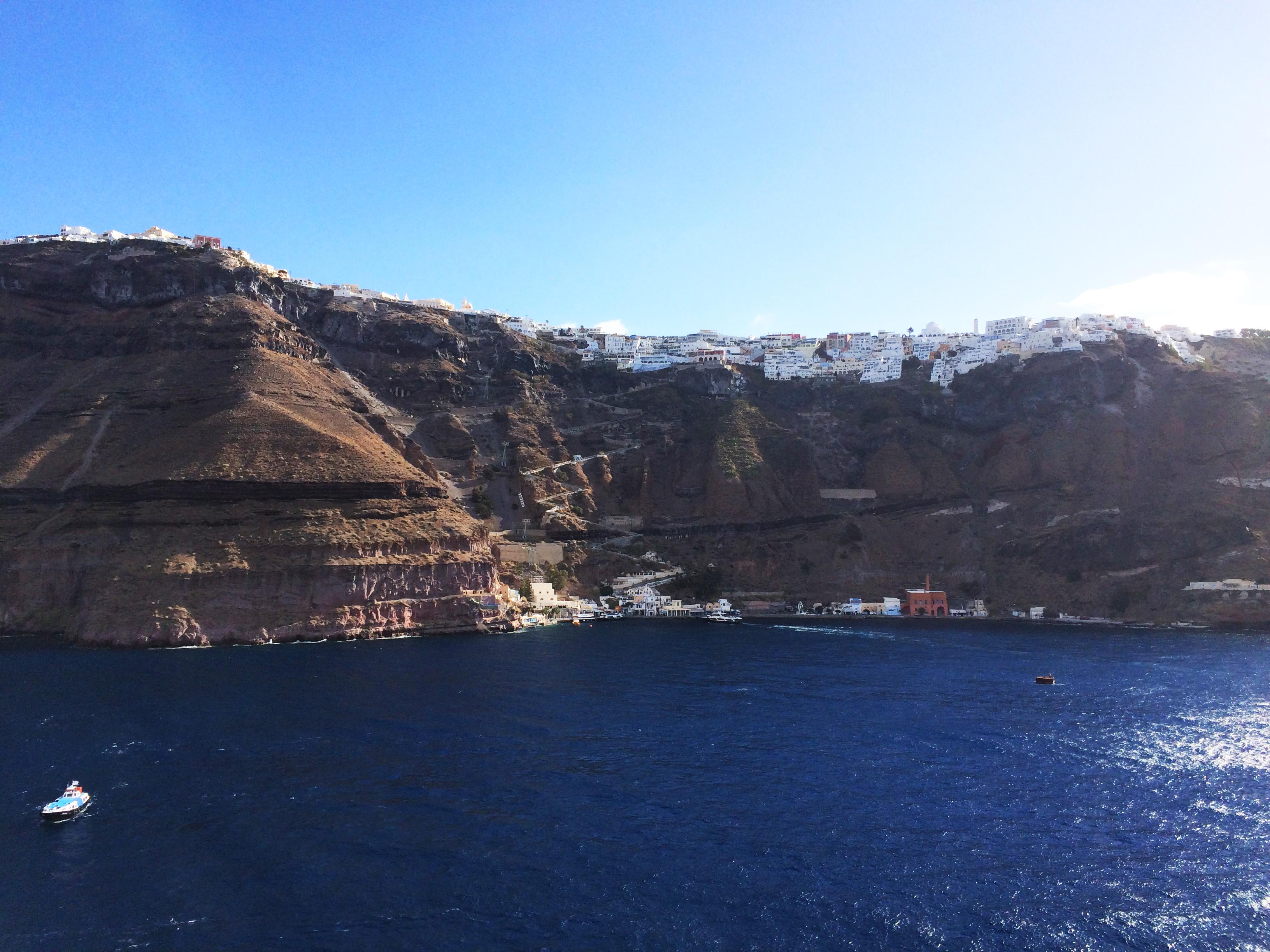 Santorini Grčka brod 1